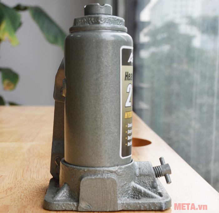 Thân kích thủy lực được đúc liền khối cho sản phẩm sự bền bỉ