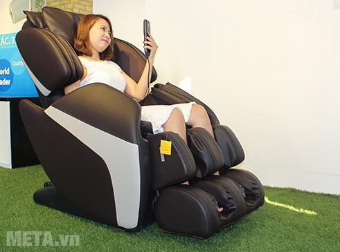 Ghế massage màu chocolate