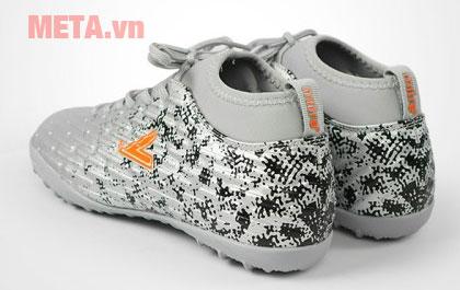Giày đá bóng Mitre màu bạc