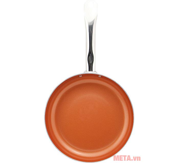 Lòng chảo chống dính giúp bạn nấu được nhiều món ăn hơn