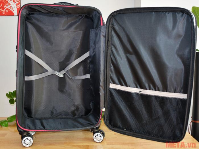 Các ngăn để đồ rộng rãi giúp người dùng bảo vệ đồ tốt hơn