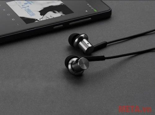 Tai nghe Xiaomi Mi Capsule màu đen