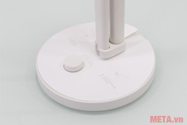 Đèn bàn Led thông minh Xiaomi - MUE4052HK có chân đế để chắc chắn