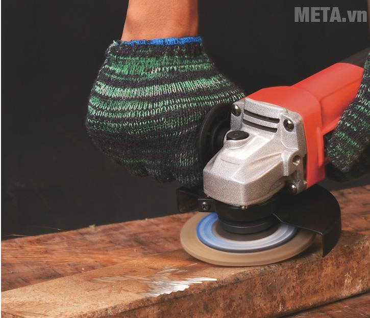 Máy mài MPT giúp mài được trên nhiều vật liệu