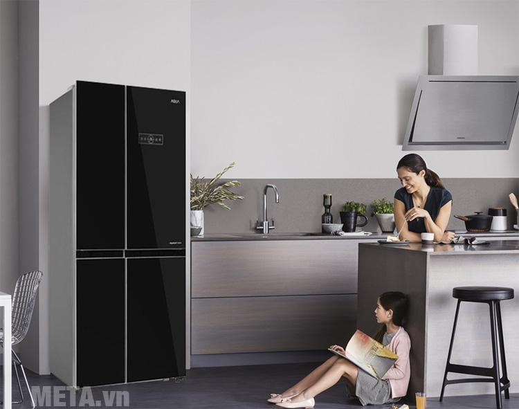 Tủ lạnh Aqua AQR-IG585AS sang trọng