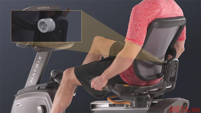 Xe đạp Matrix R30 XIR có thiết kế lưng tựa đặc biệt