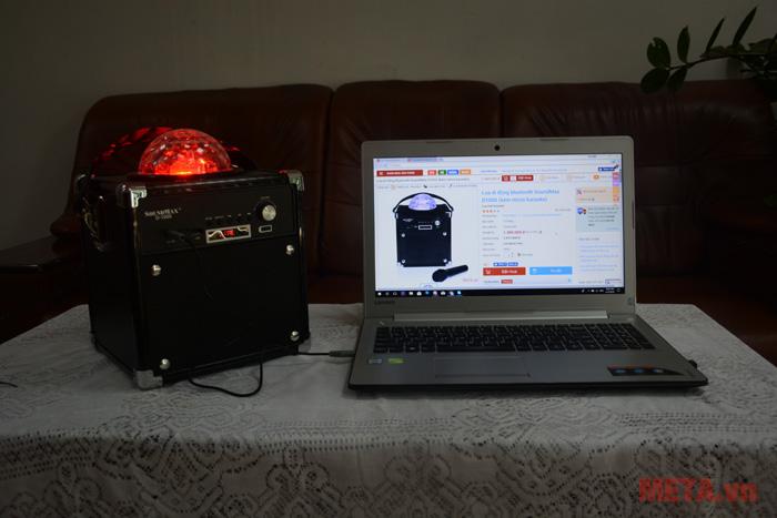 SoundMax D1000 được thiết kế quả cầu phát sáng