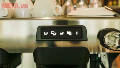 Bảng điều khiển của máy pha coffee chuyên nghiệp