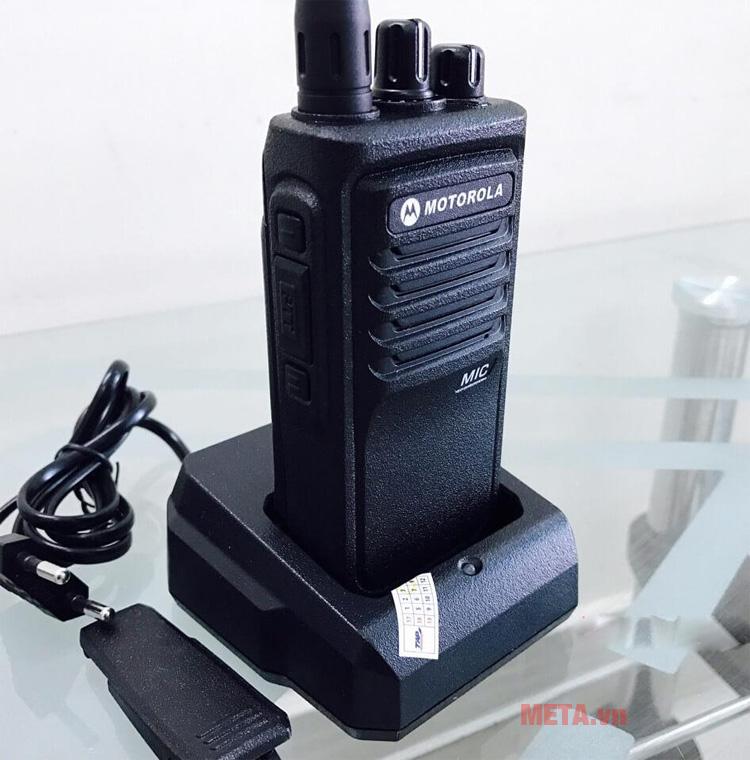 Hình ảnh máy bộ đàm cầm tay Motorola CP 1900