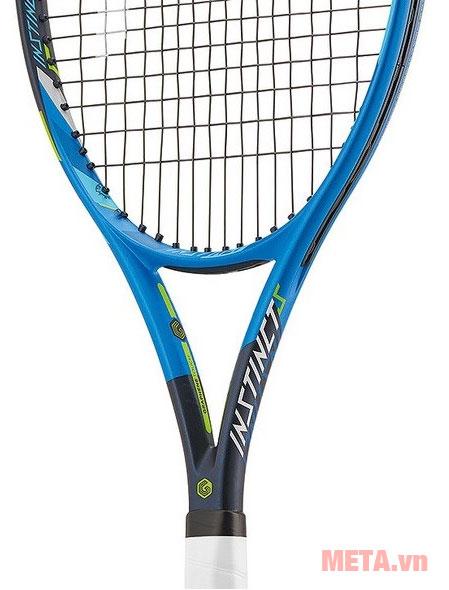 Vợt tennis được thiết kế chắc chắn