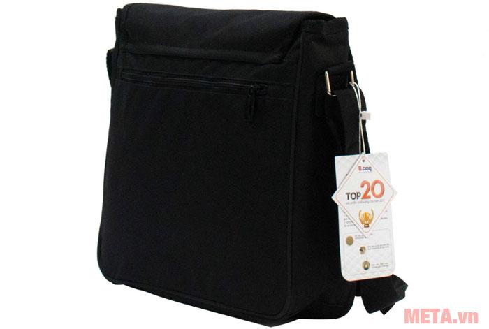 Ngăn phụ được thiết kế phía sau túi