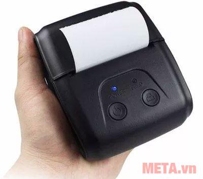 Máy có thiết kế nhỏ gọn người dùng dễ dàng cầm gọn trong lòng bàn tay