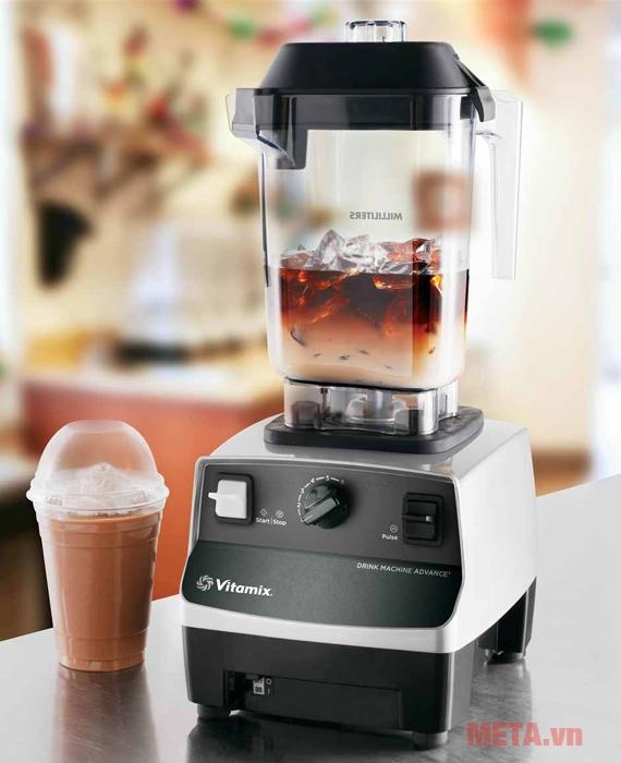 Máy xay sinh tố Vitamix Drink Machine Advance có thiết kế hiện đại