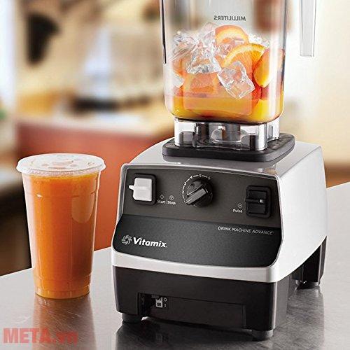 Máy xay sinh tố Vitamix Drink Machine Advance là dòng máy xay chuyên nghiệp