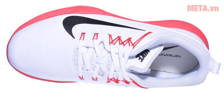 Giày golf Nike có chất liệu cao cấp