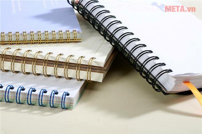 Máy đóng sách có hệ thống đóng bằng tay