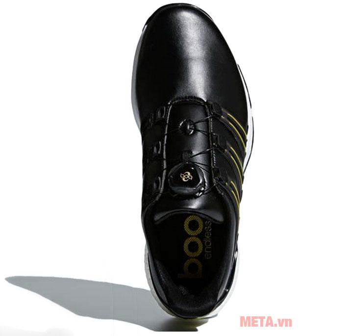 Giày thể thao Adidas được làm từ chất liệu cao cấp