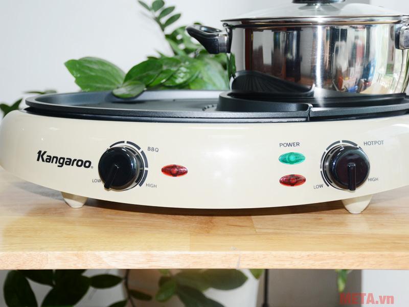 Bảng điều khiển được thiết kế ngay trước thân bếp