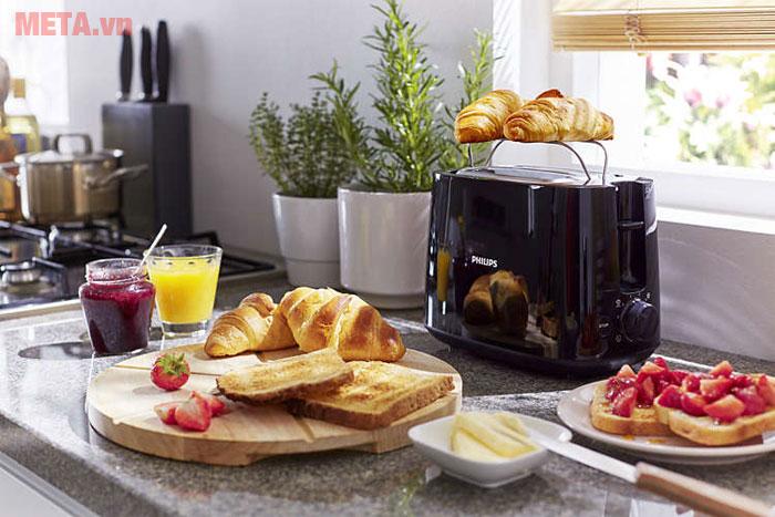 Máy nướng bánh mì dễ dàng sử dụng