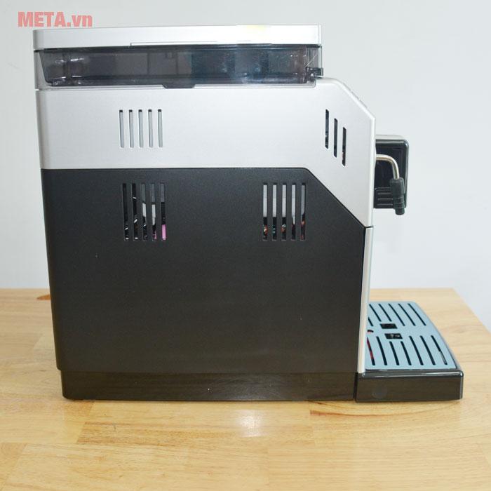 Máy pha cà phê có chất liệu cao cấp