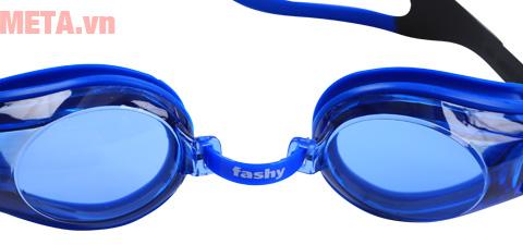 Mắt kính bơi