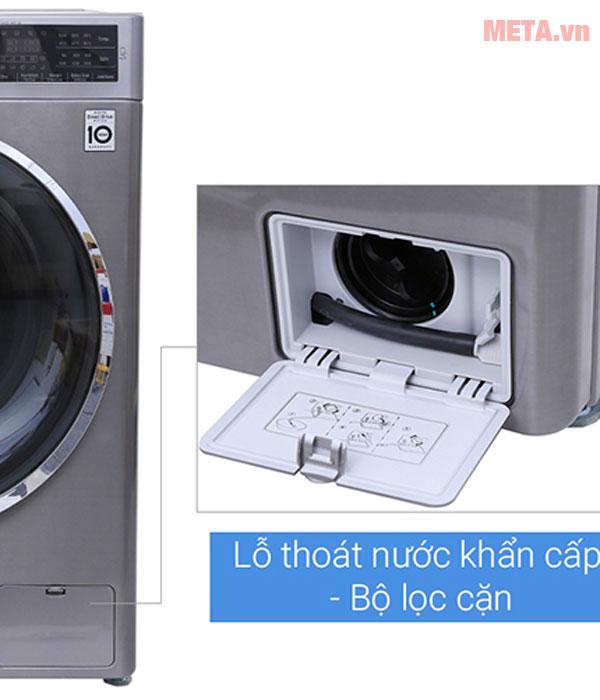 Máy giặt với lỗ thoát nước