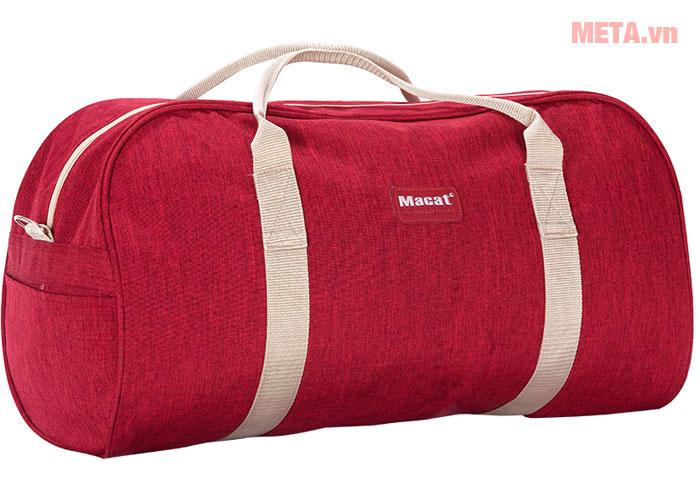 Túi du lịch màu đỏ
