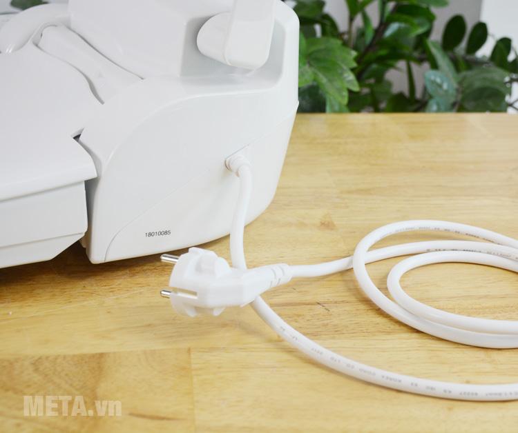 Nắp thiết bị vệ sinh có dùng điện
