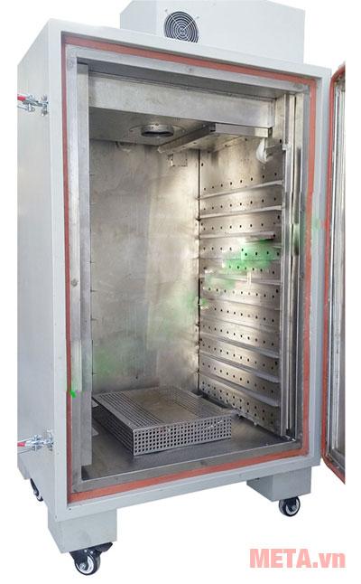 Máy sấy thực phẩm có thiết kế bánh xe di chuyển dễ dàng