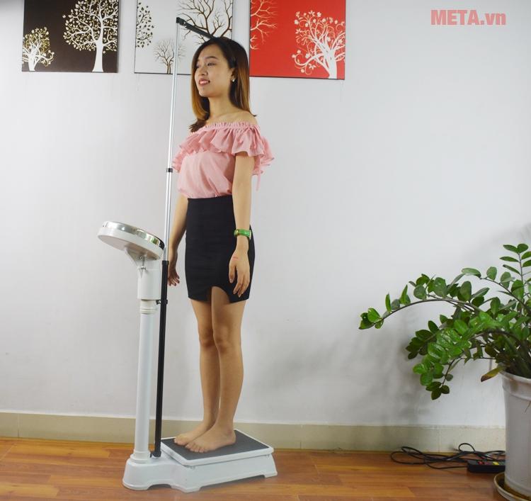 Sử dụng cân đo chiều cao