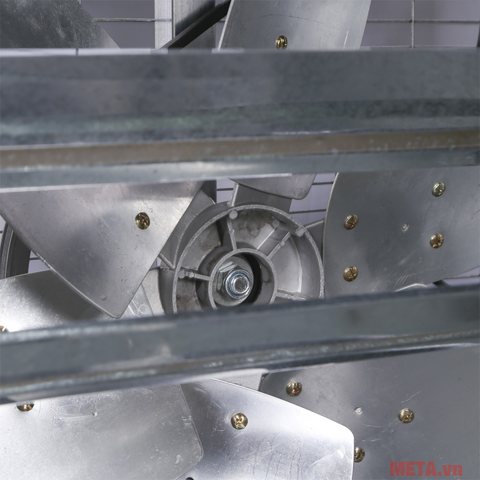 Quạt được làm từ chất liệu thép có chất lượng cao