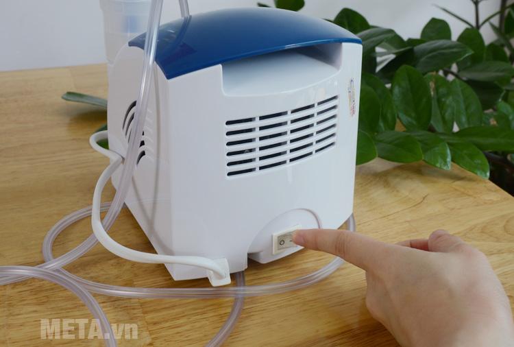 Máy xông mũi họng sử dụng điện áp 220V