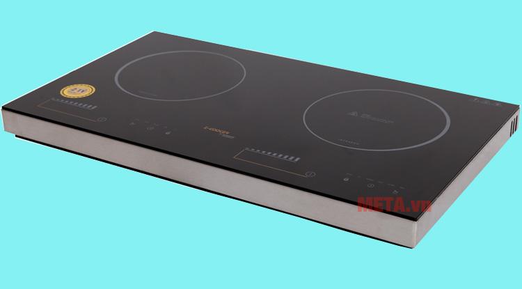 Bề mặt bếp dễ dàng vệ sinh sau khi sử dụng