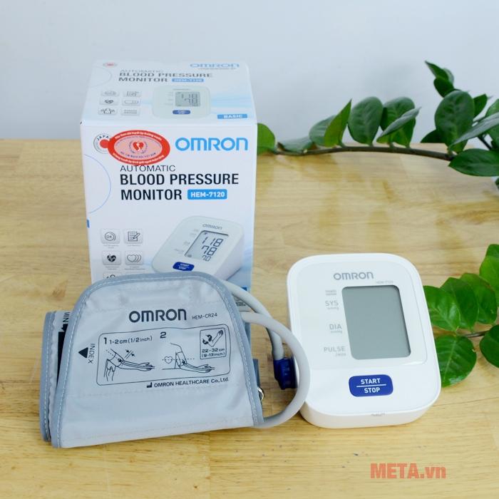 Bộ sản phẩm máy đo huyết áp bắp tay Omron Hem 7120