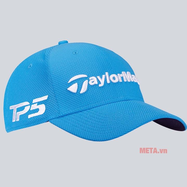 Mũ golf có màu xanh trang nhã