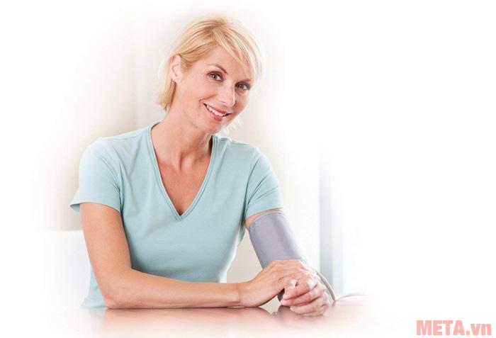 Ngoài khả năng đo huyết áp máy còn có khả năng đo nhịp tim