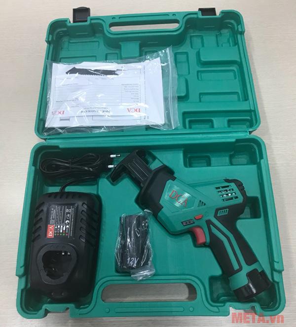 Bộ sản phẩm máy cưa kiếm dùng pin DCA ADJF15