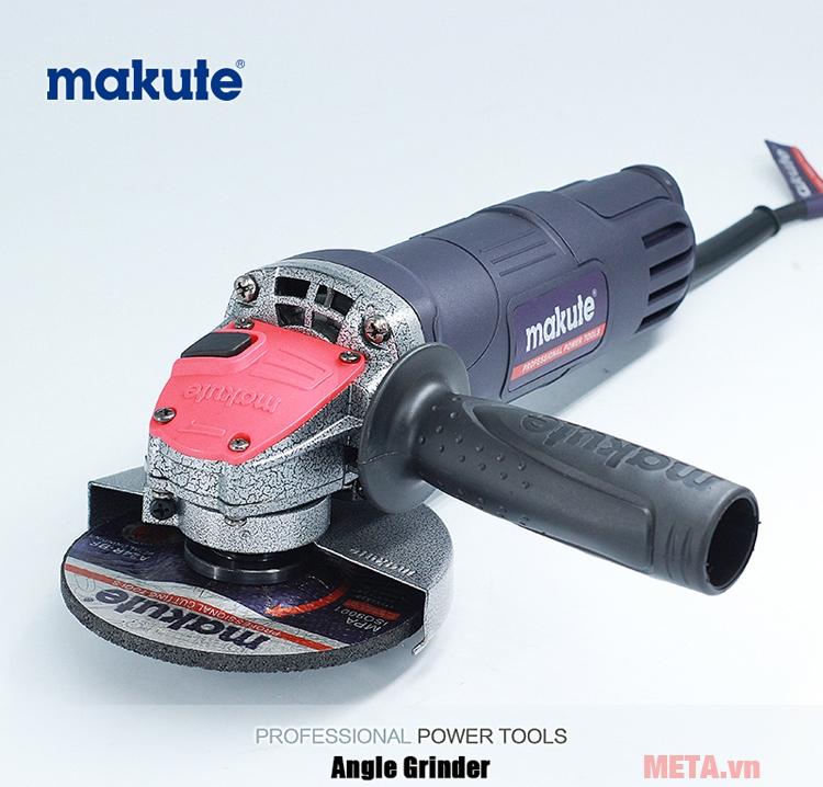 Makute AG008
