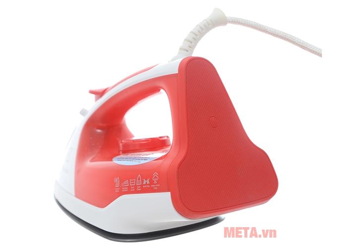 Bàn ủi hơi nước Electrolux ESI5116 có màu sắc nổi bật
