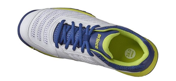 Giày được thiết kế phủ lớp lưới thông thoáng cho người dùng