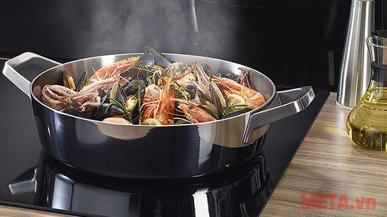 Máy hút khói và mùi hôi hiệu quả khi nấu ăn