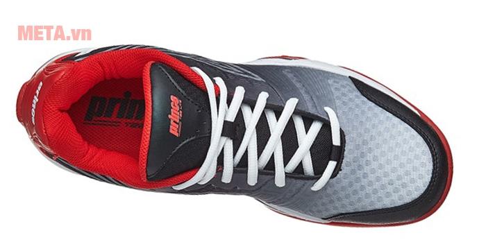 Thân giày được phủ 1 lớp lưới