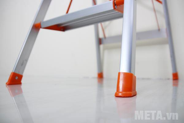 Thang nhôm ghế chống trượt