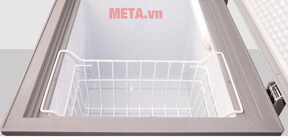 Tủ đông có giỏ chứa đồ vô cùng tiện dụng