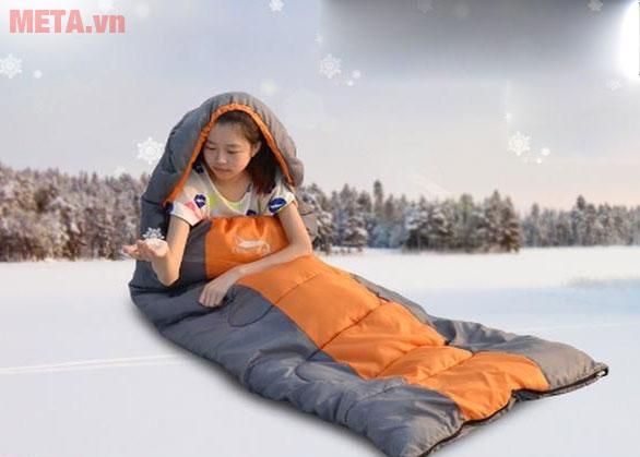 Túi ngủ có thiết kế tiện ích