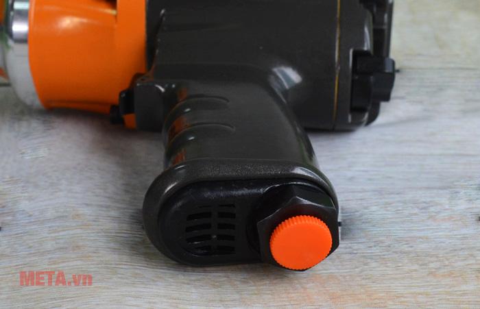 Ốc vít để cắm thiết bị vào máy nén khí