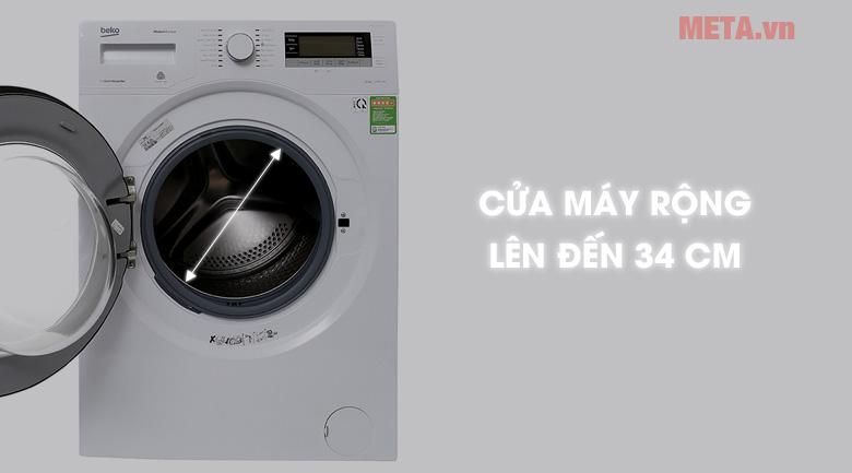 Cửa máy giặt rộng hơn, việc lấy đồ dễ dàng hơn