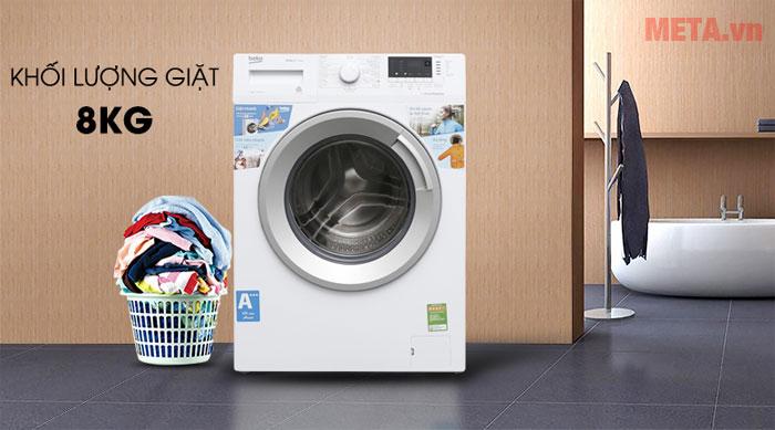 Máy có thể giặt tối đa 8 kg quần áo
