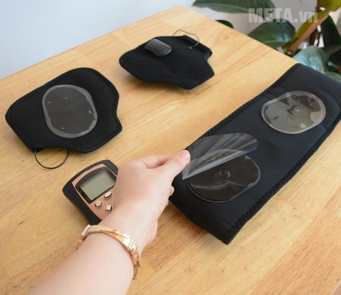 Đai massage Bodi-Tek BT-AATB được trang bị các miếng dính
