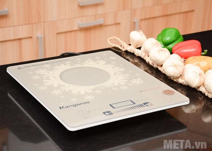 Bếp điện từ đơn KG419i có thiết kế sang trọng